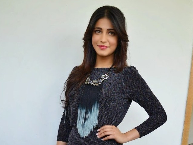 Shruti Haasan New Photo Pics