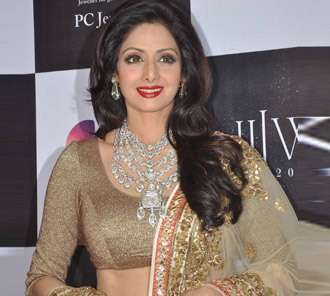 Sridevi Walks Ramp For Golecha Jewels