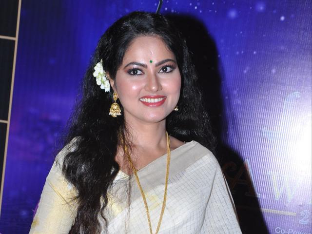 Suhasini at Zee Telugu Kutumbam awards 2019   Suhasini at