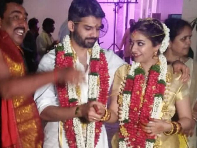 Colors Swathi Marriage Photos