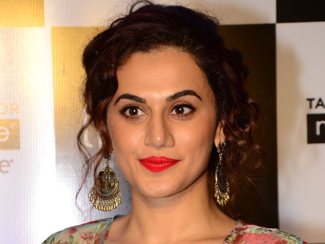 Actress Taapsee Pannu Images