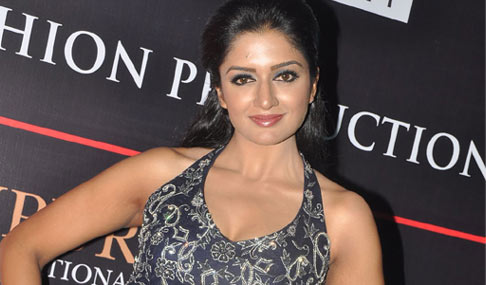 Vimala Raman Actress Photos
