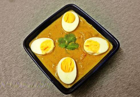 Indian food recipes telugu recipes andhra recipes andhra egg kurma recipe forumfinder Choice Image