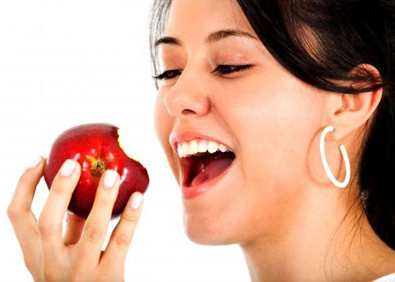 Apple for teeth whitening
