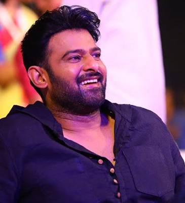 PRABHAS FOLLOWING RAJAMOULI TEKNIQUE!