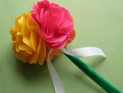 Make Flowers With Tissue Paper Make Flowers With Tissue Paper