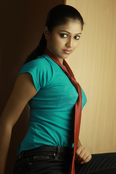 amala paul stills,  amala paul pics, amala paul images, amala paul hot stills