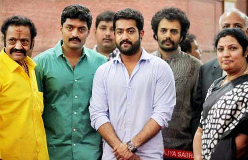 ... you can see hari krishna kalyan ram jr ntr and purandareswari etc
