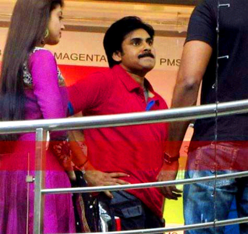 Pawan Kalyan Sarada Photos, Pawan Kalyan Leaked Photos, Pawan Kalyan Pranitha Photo, Pawan Kalyan Pranitha Leaked Photo, Sarada Leaked Photos