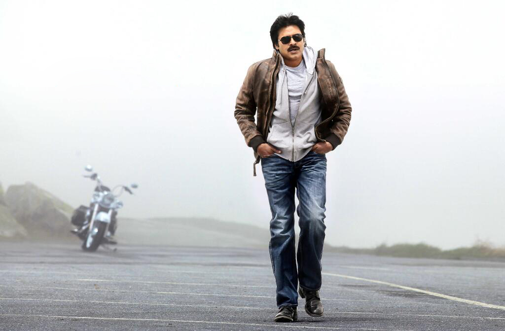 Attarintiki Daredi Review,Attarintiki Daredi Movie Review,Attarintiki Daredi Telugu Movie Review, Attarintiki Daredi Rating, Atharintiki Daredi Review