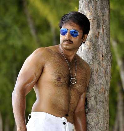 , gopichand nayanatara, gopichand police, gopichand police dress