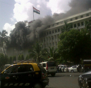 mumbai mantralaya fire, mumbai mantralaya fire accident, mumbai secretariat fire, mumbai mantralaya fire 21 june 2012, fir in mumbai mantralaya, fire accident mumbai mantralaya, 21 june mumbai mantralaya fire