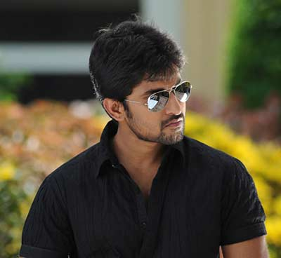Nani needs a fresh script, Actor Nani, Nani Maruthi movie, Yevade subramanyam