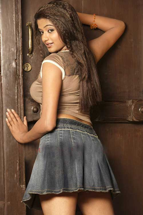 Priyamani hot, Priyamani hot stills, Priyamani hot photos, Priyamani hot images, Priyamani hot wallpapers