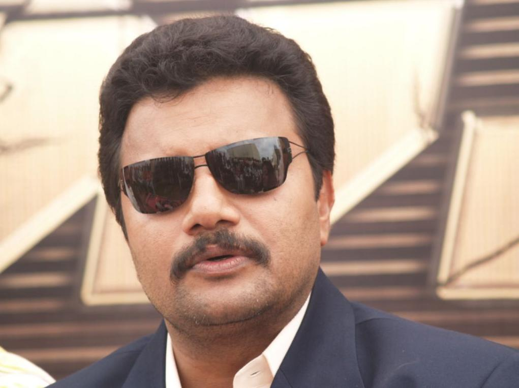 Sai Kumar Replenishing Srihari Place, saikumar replacing srihari, saikumar replacing srihari position, srihari being replaced by saikumar, saikumar doing srihari roles.
