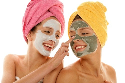 How to do your own facial make your own facials how to make your you dont need fancy creams and lotions of any sort you can use good old home remedies to revive your lifeless skin natural remedies work better than any solutioingenieria Images