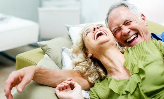 happy old people ile ilgili görsel sonucu