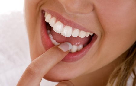 болит зуб под коронкой что делать в домашних условиях Болит зуб - что делать в домашних условиях: Женский портал.
