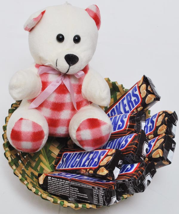 Chocolates Chocolate Assortments Snickey 1 A Basket